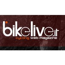 Il sito web bikelive.it dà risalto alla nota stampa che descrive le località attraversate dalla Granfondo del Tanagro.